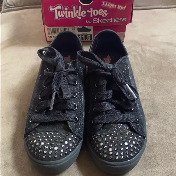 Black Skechers Twinkle Toes   Poshmark